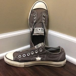 Women's Converse slip ons. Size 7